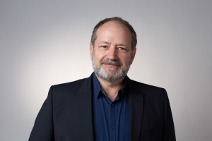 Dr. Lutz Sternfeld